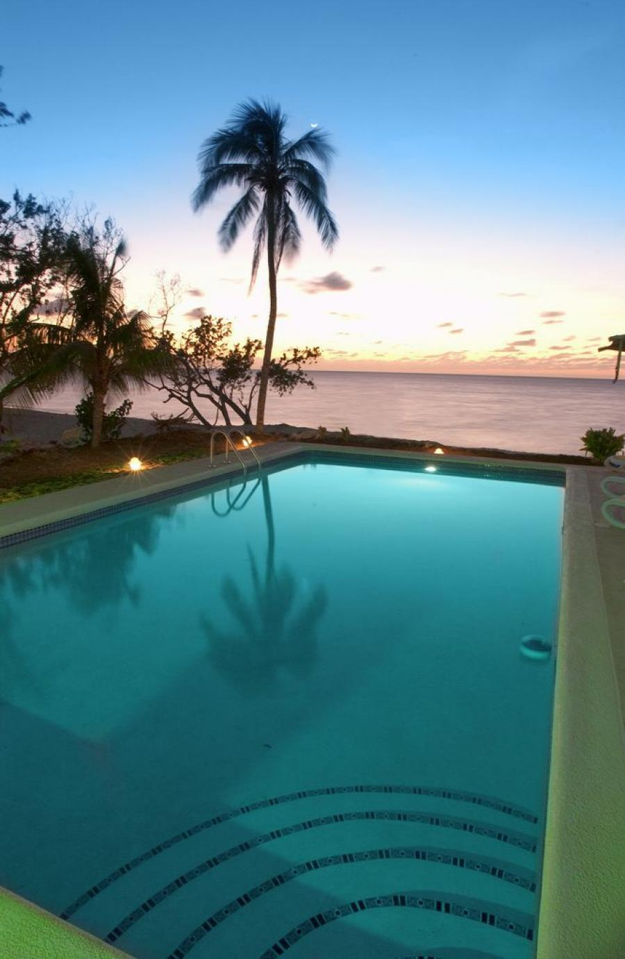 Grand Lido Negril Beach Resort